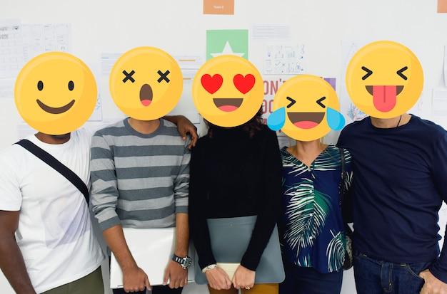 Emoji enfrentou os alunos Foto Premium
