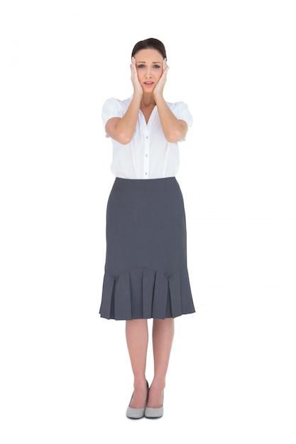 Empresária linda perturbada posando Foto Premium