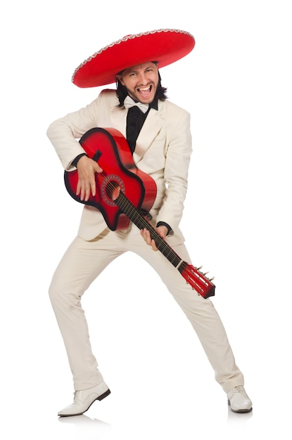 Engraçado mexicano de terno segurando a guitarra isolada no branco Foto Premium