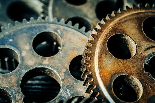 Engrenagens de uma velha máquina industrial Foto Premium