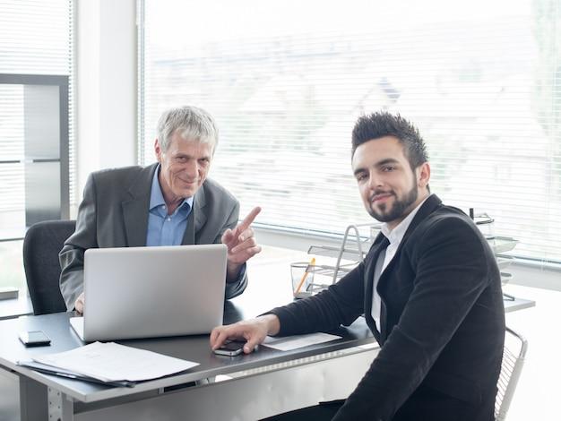 Entrevista de emprego para novos empresários e executivos Foto Premium