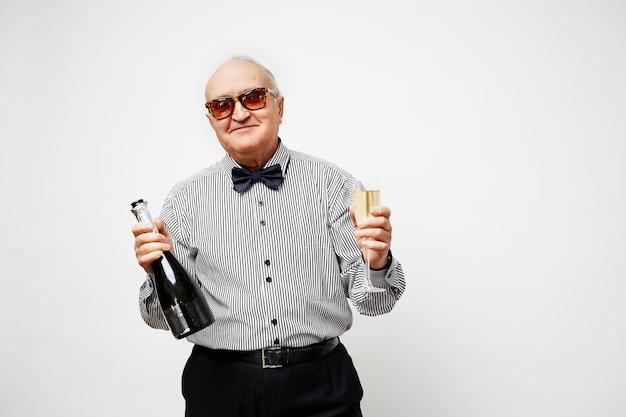 Envelhecer e se divertir Foto gratuita