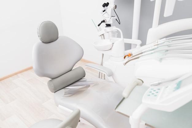 Equipamentos odontológicos Foto gratuita