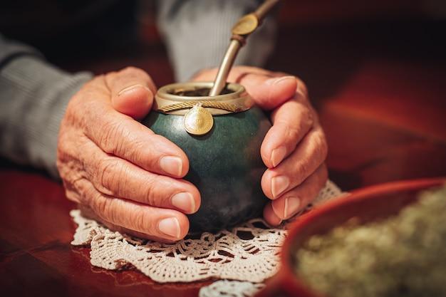 Erva-mate, o chá tradicional da argentina Foto Premium
