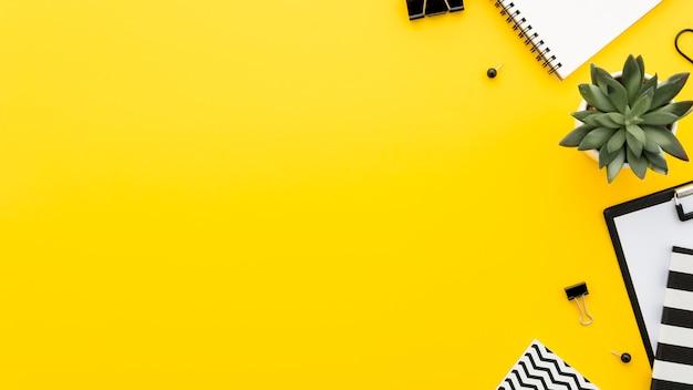 Escritório de mesa Foto gratuita