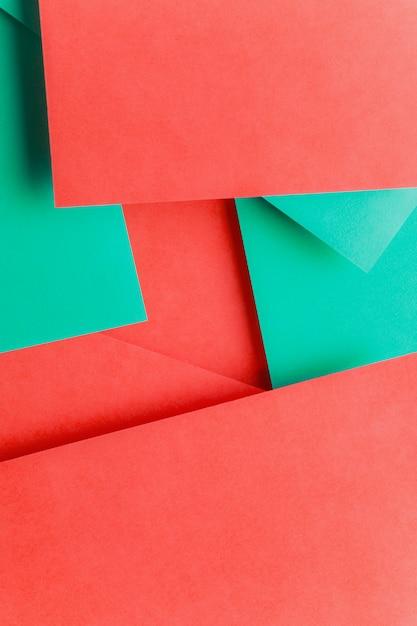 Espaço vazio em papel vermelho e verde duplo Foto gratuita
