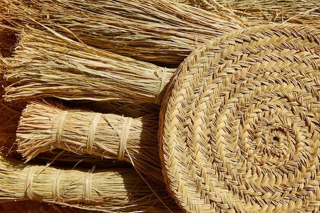 Esparto halfah grama usada para cestaria de artesanato Foto Premium