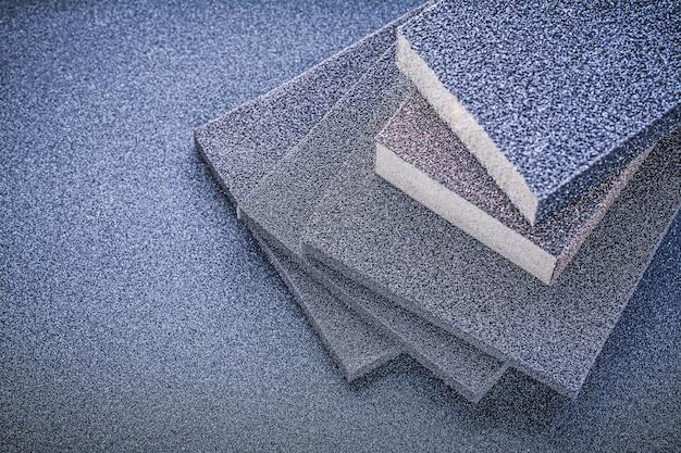 Esponjas abrasivas para lixar na vista superior da lixa Foto Premium