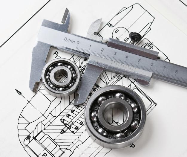 Esquema mecânico e pinças com rolamento Foto Premium
