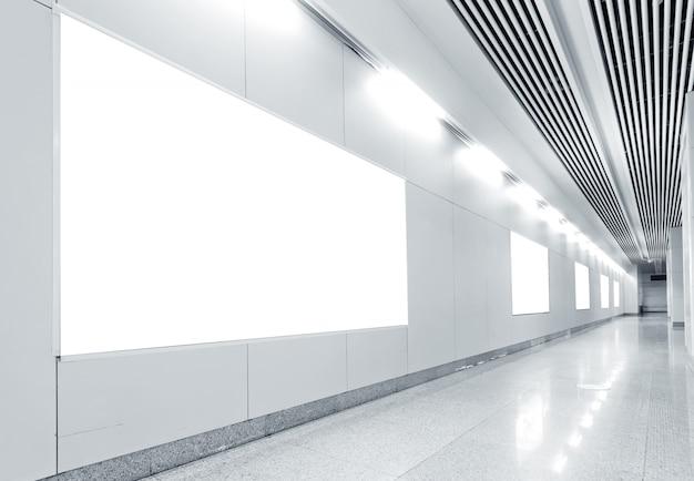 Estação de metro hall outdoor em branco Foto Premium