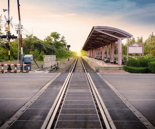 Estação ferroviária na tailândia Foto Premium