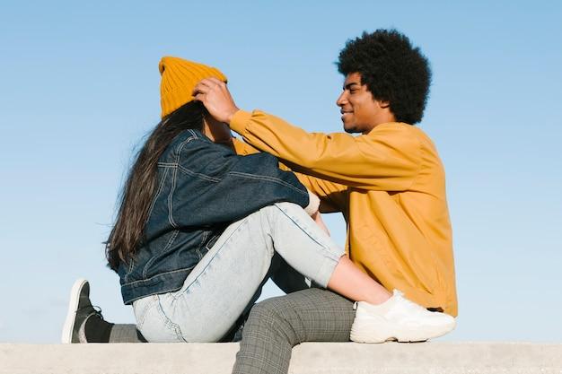 Estilo de vida do jovem casal Foto gratuita