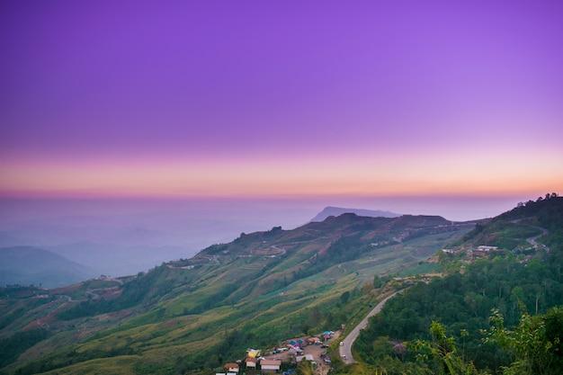Estrada, de, tubberg, montanha, tailandia Foto Premium