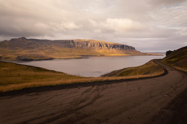Estradas pela islândia. Foto Premium