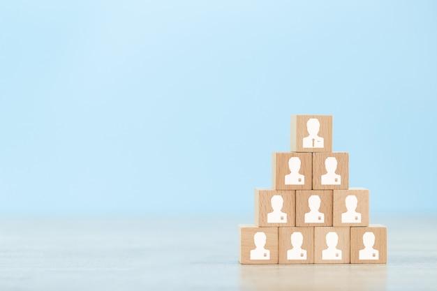 Estratégia de negócios para ter sucesso nas práticas de negócios altamente ativas de hoje. Foto Premium