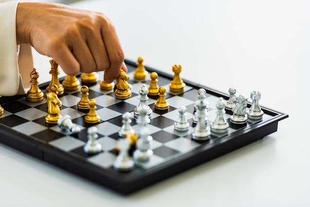 Estratégia de xadrez e jogo de táticas, conceito de jogo de negócios. Foto Premium