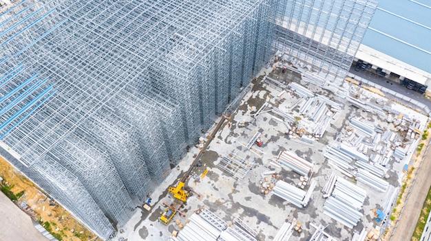 Estrutura da vista aérea da construção civil de aço, projeto de construção de construções da armação de aço do metal, canteiro de obras da vista aérea. Foto Premium