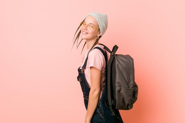 Estudante de hipster adolescente bonito caucasiano Foto Premium