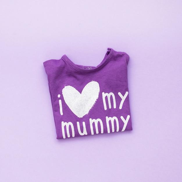 Eu amo minha inscrição da mamã no t-shirt Foto gratuita