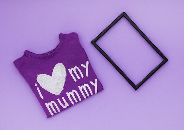 Eu amo minha inscrição múmia na t-shirt com moldura Foto gratuita