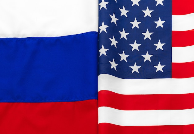 Eua bandeira americana e bandeira russa juntos Foto Premium