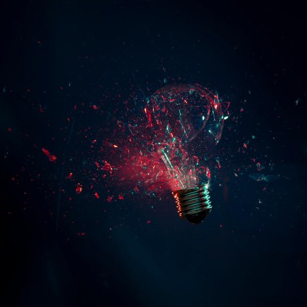 Explosão de lâmpada Foto Premium