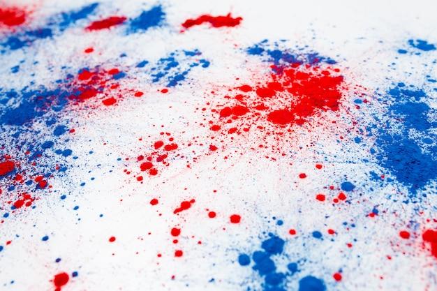 Explosão de pó de cor holi para comemorar o dia da independência Foto gratuita