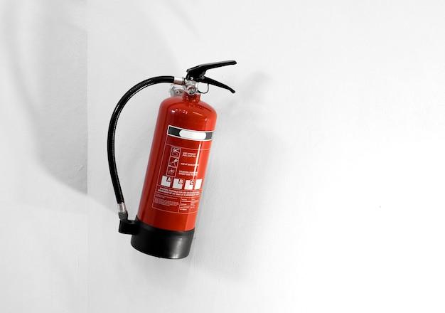 Extintor de incêndio Foto gratuita