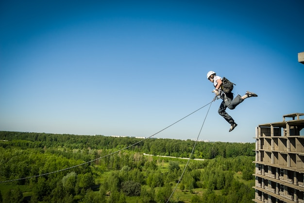 Extreme sports ropejumping Foto Premium
