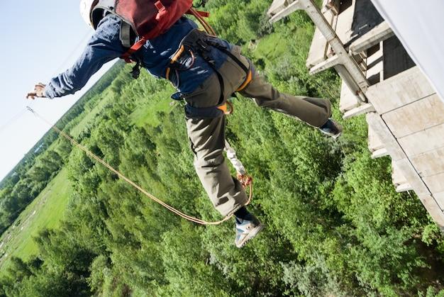 Extreme sports ropejumping Foto Premium