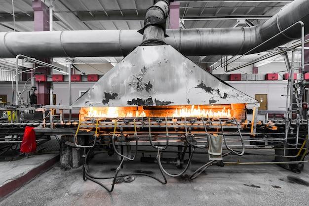 Fabricação de fábrica de produção de vidro Foto Premium