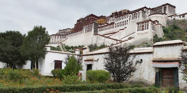 Fachada, de, a, palácio potala, lhasa, tibet, china Foto Premium