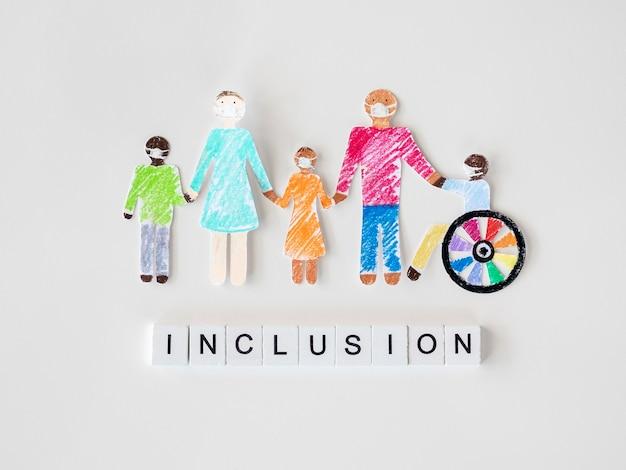 Família com deficiência em conceito de inclusão de papel recortado Foto gratuita