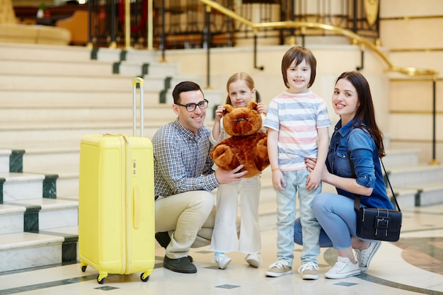 Família em viagem Foto gratuita