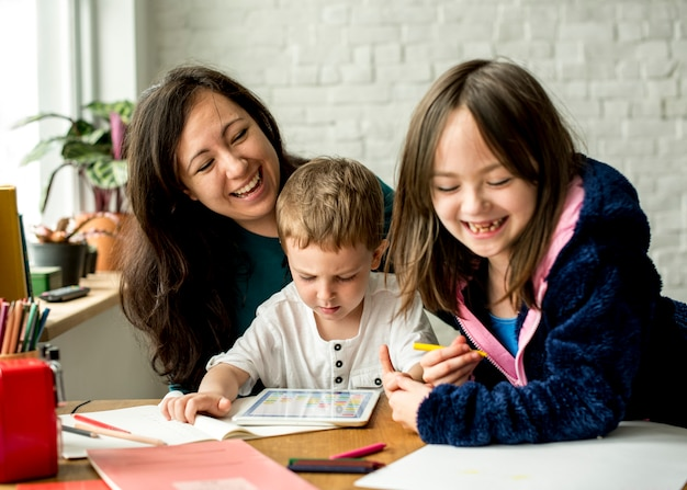 Família passar tempo felicidade férias união Foto Premium