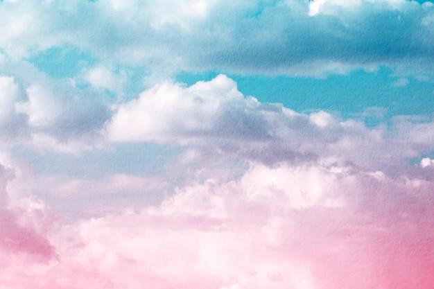 Fantasia e nuvem e céu dinâmicos do vintage com textura do grunge para o fundo Foto Premium