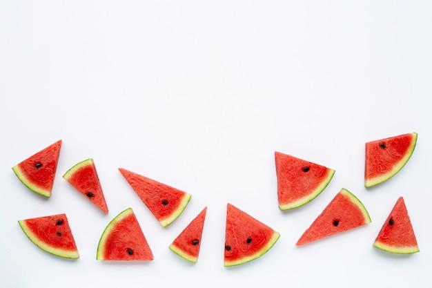 Fatias de melancia isolado no branco Foto Premium
