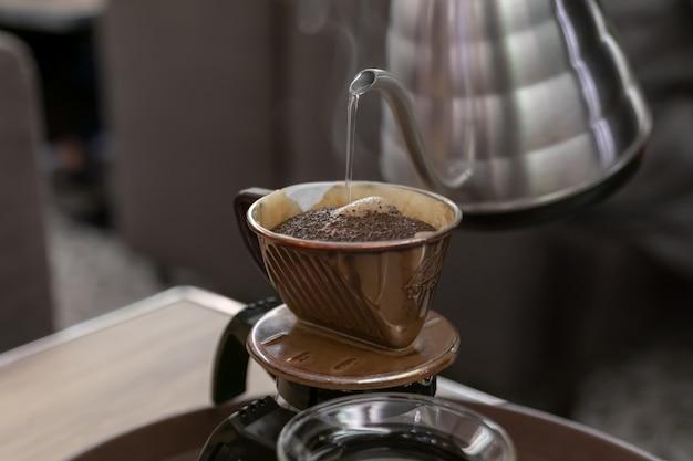Fazendo café Foto Premium