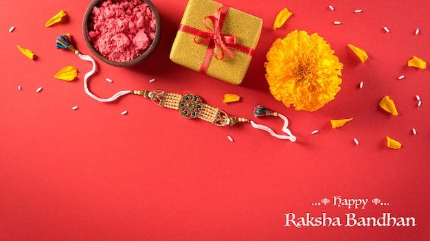 Feliz composição de raksha bandhan Foto Premium