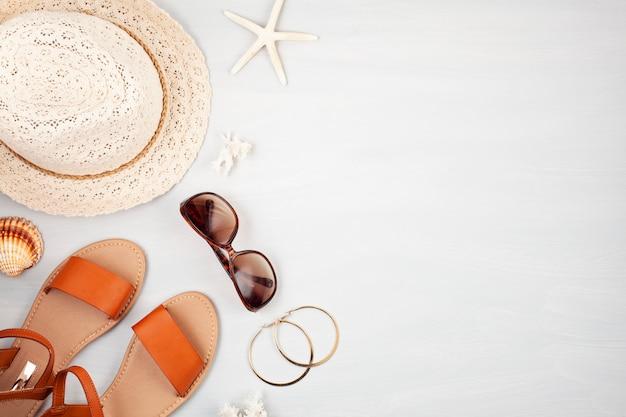 Férias de verão, viagens, turismo conceito plana leigos Foto Premium