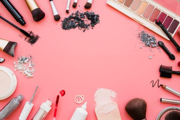 Ferramentas de maquiagem Foto gratuita