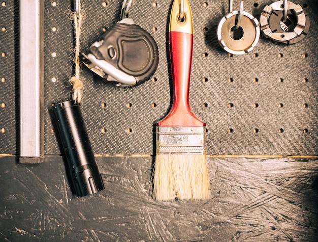 Ferramentas de uma oficina de reparação Foto gratuita