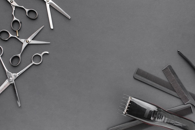 Ferramentas profissionais para cabelo com espaço para texto Foto Premium