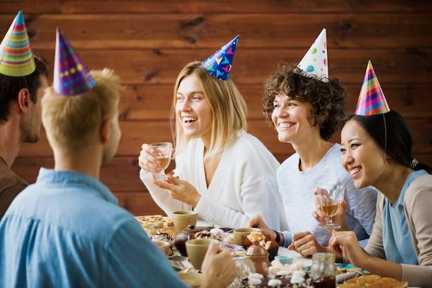 Festa de aniversário Foto gratuita