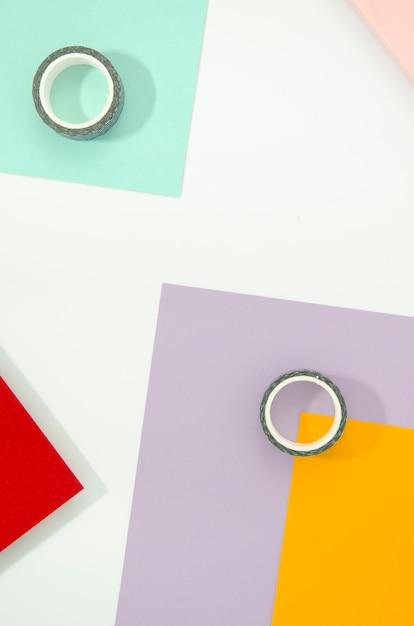 Fita adesiva e papel formas e linhas geométricas mínimas Foto gratuita