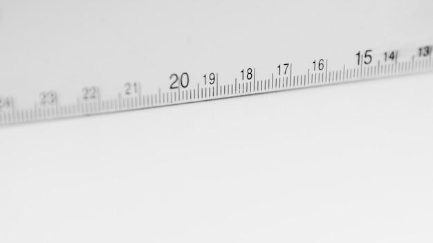 Fita métrica branca Foto gratuita