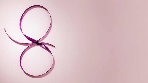 Fita violeta para fundo de espaço de cópia gradiente de 8 de março Foto gratuita