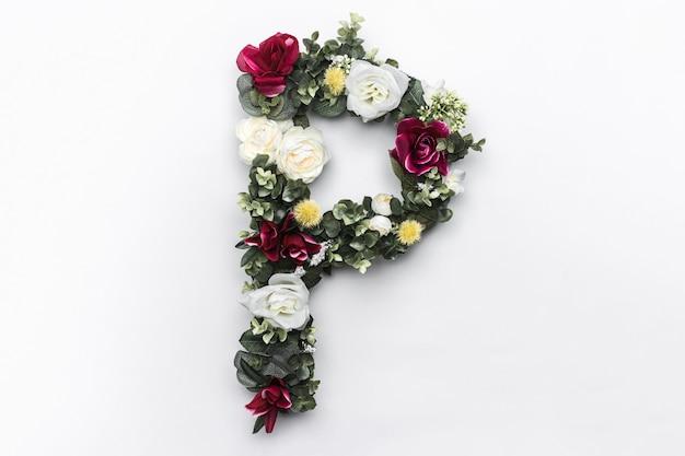Flor letra p monograma floral foto gratuita Foto gratuita