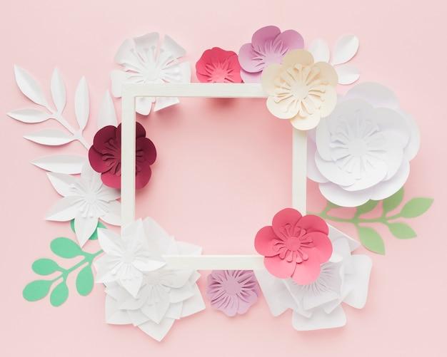 Flores de papel em tons pastel Foto gratuita