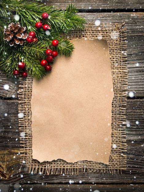Folha em branco para cumprimentos de ano novo Foto Premium